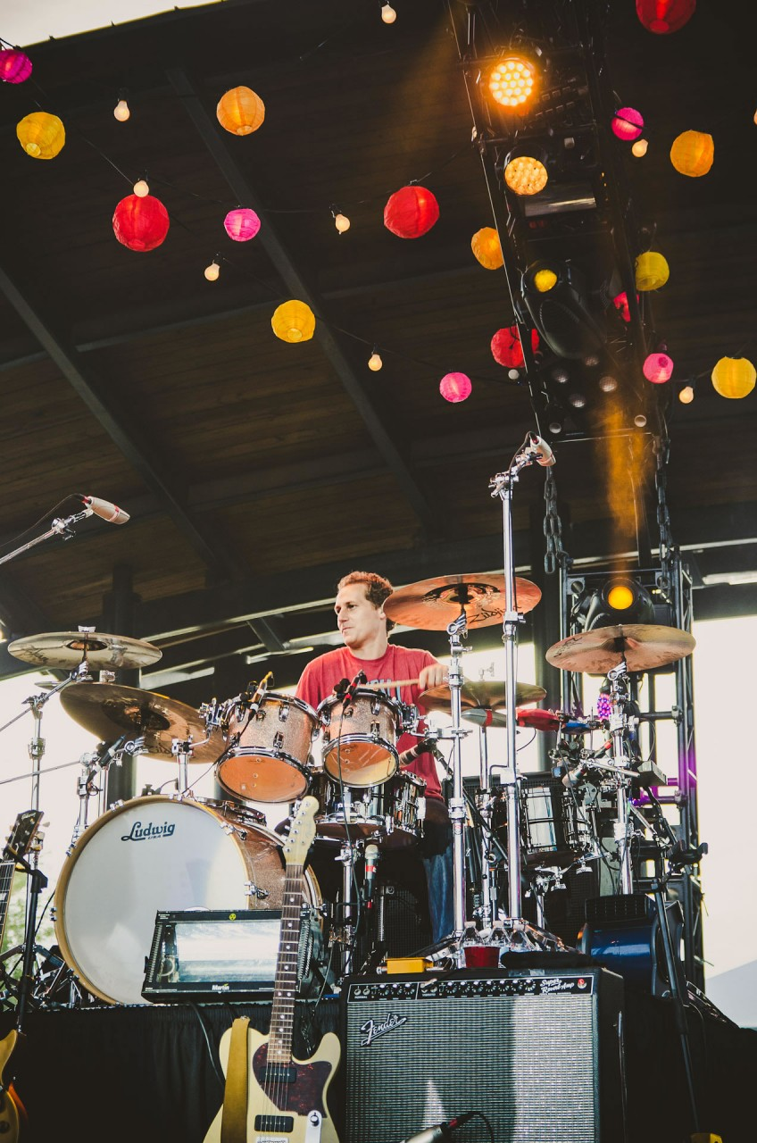 OAR_live_lawn_white_river_state_park_indianapolis_2013-09