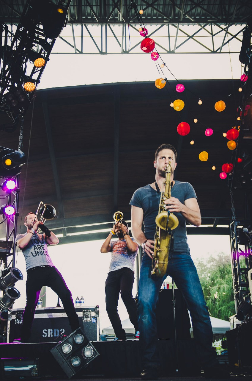 OAR_live_lawn_white_river_state_park_indianapolis_2013-11