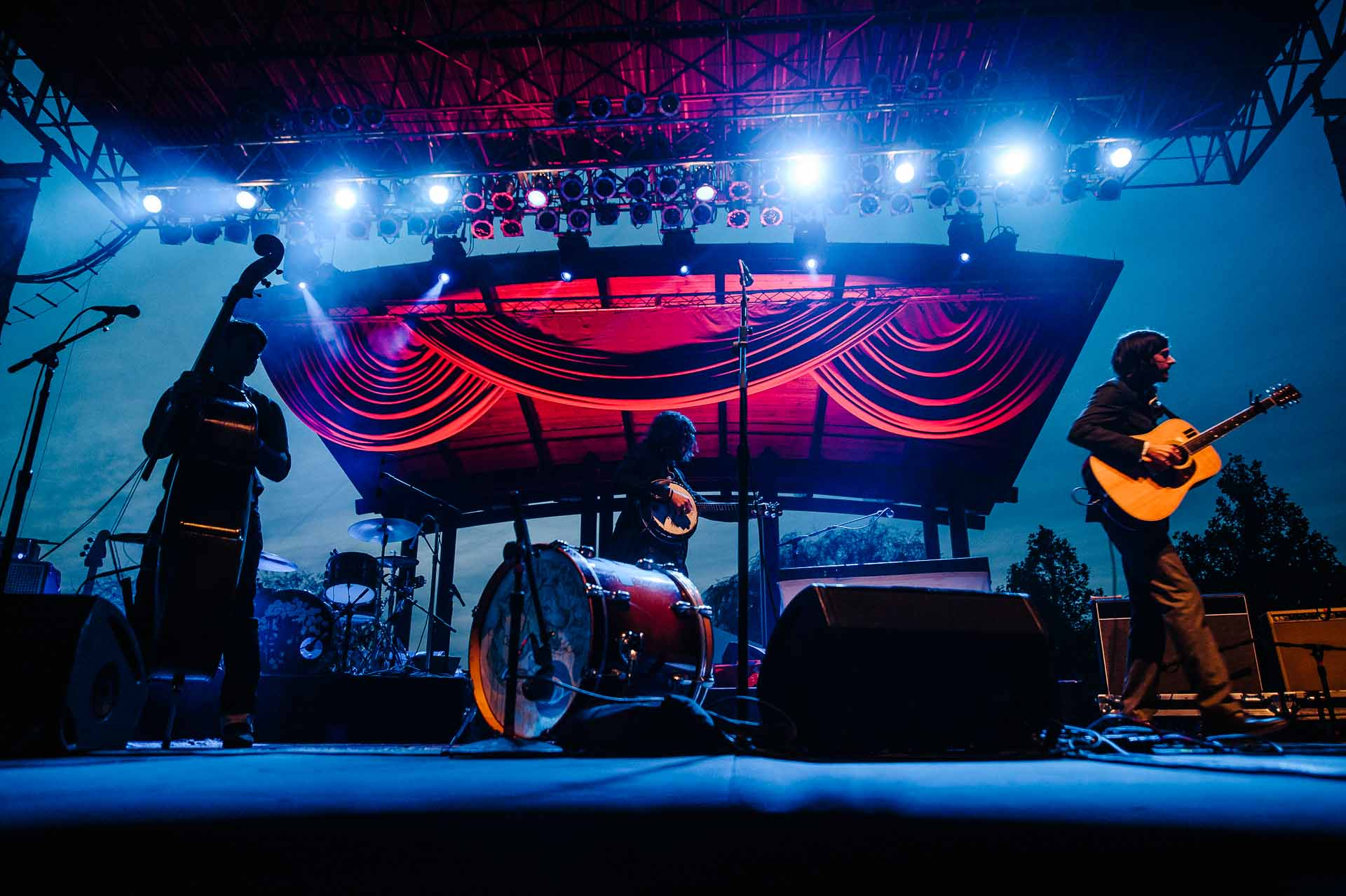 avett_brothers_the_lawn_white_river_state_park_indianapolis_093012-01