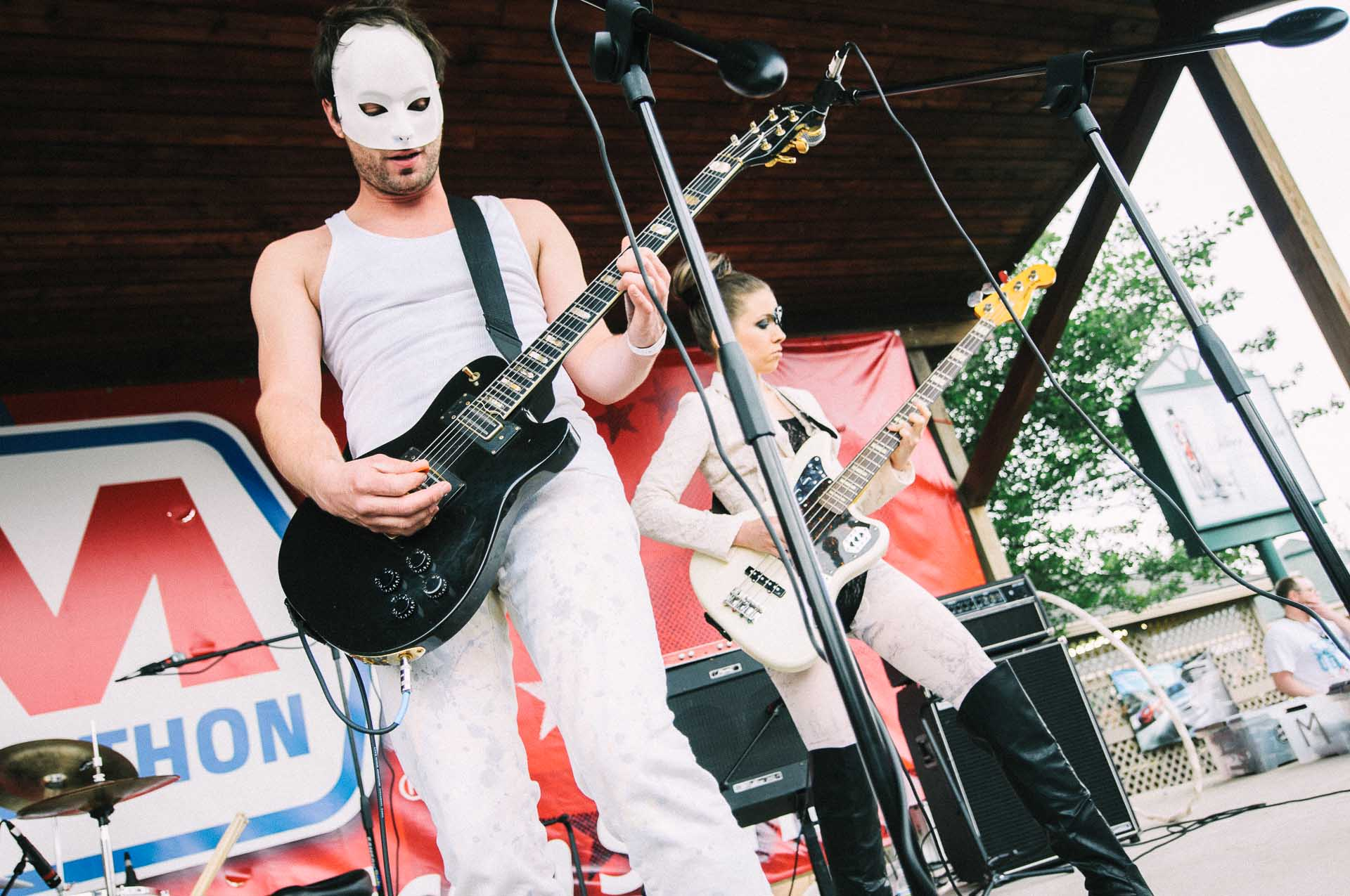 beta_male_live_x103_may_day_klipsch_music_center_indianapolis_052811-01