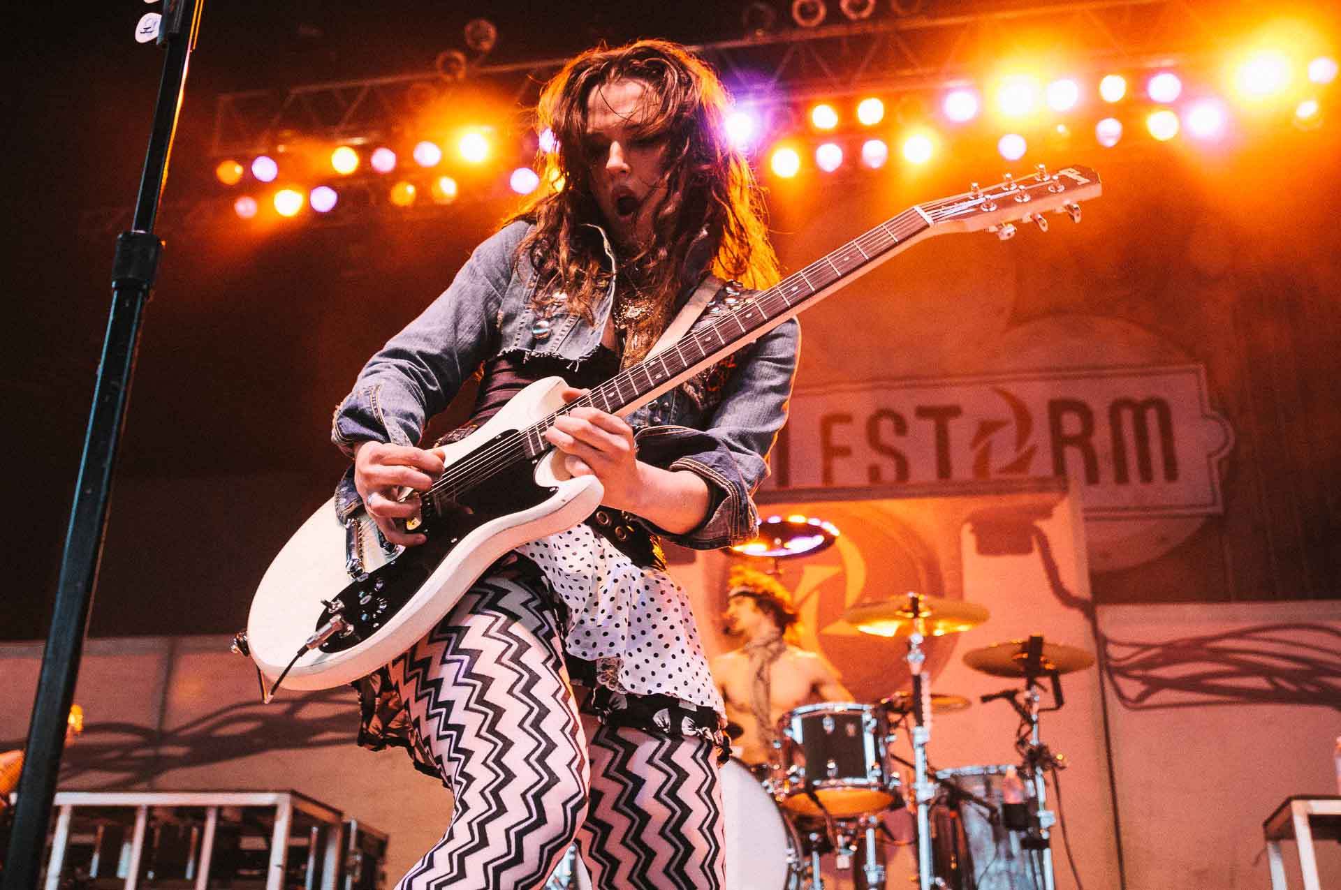 halestorm_x103_may_day_festival_klipsch_music_center_indianapolis_080711-03