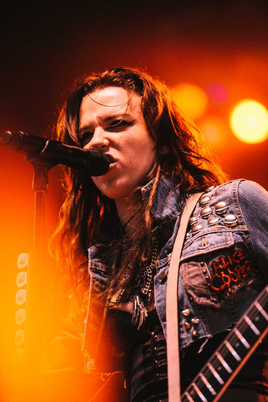 halestorm_x103_may_day_festival_klipsch_music_center_indianapolis_080711-08