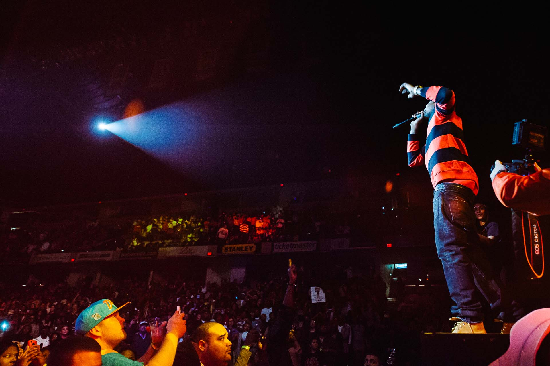 meek_mill_mmg_tour_bankers_life_fieldhouse_indianapolis-112012-07