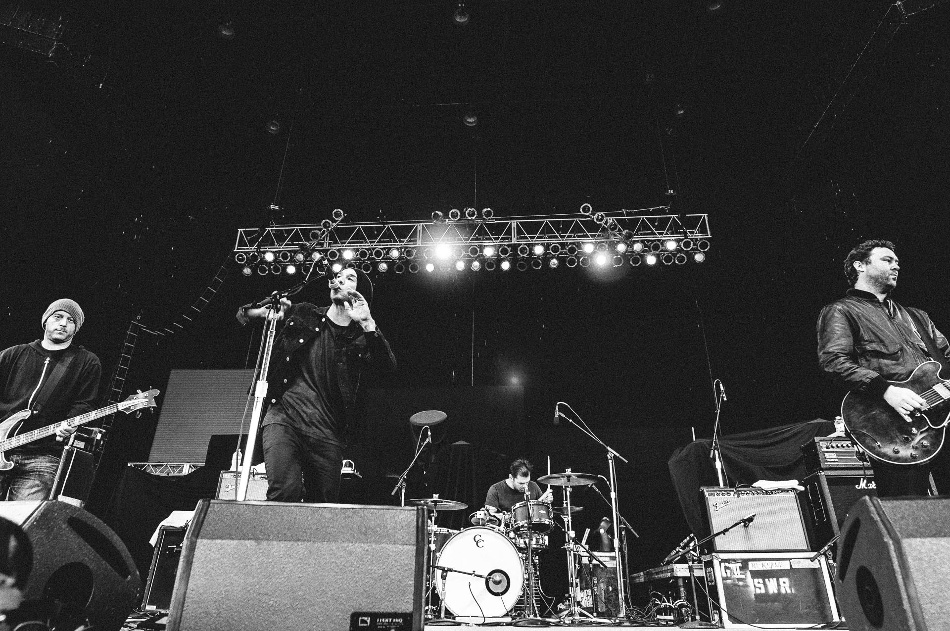 she_wants_revenge_x103_may_day_klipsch_music_center_indianapolis_052811-04