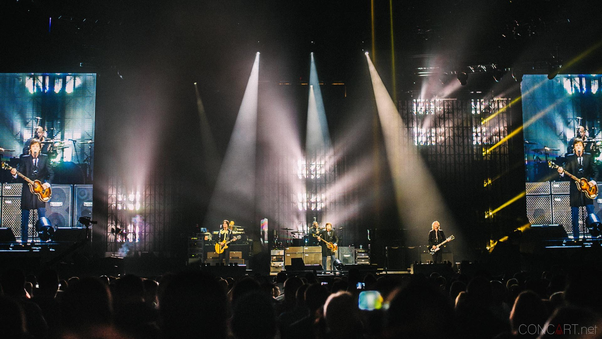 paul_mccartney_live_bankers_life_indianapolis_2013-10