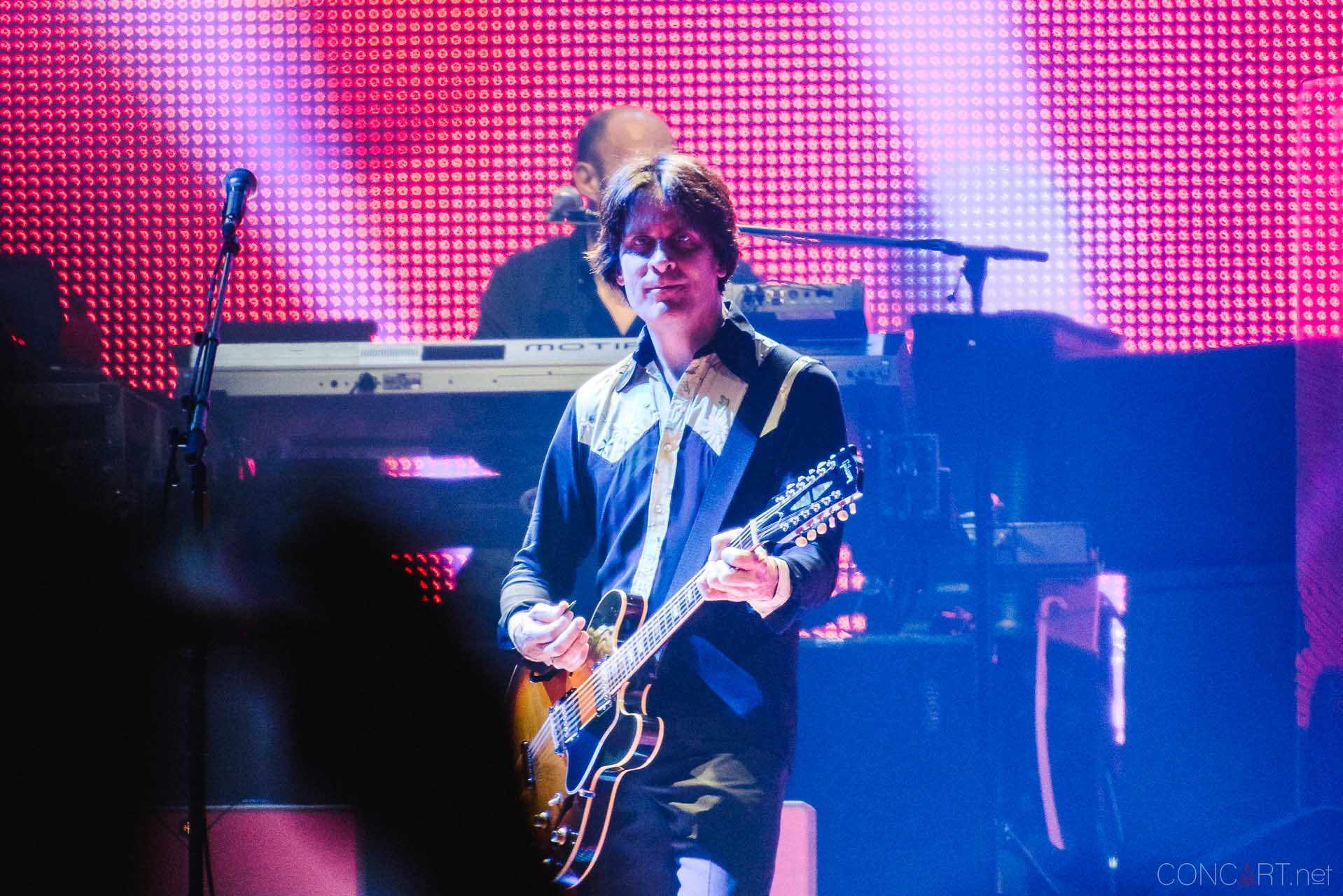 paul_mccartney_live_bankers_life_indianapolis_2013-19