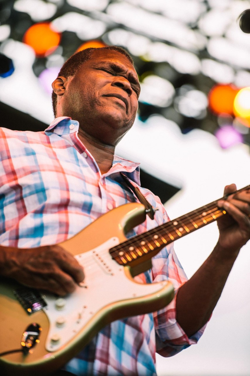robert_cray_live_the_lawn_indianapolis_2013-24