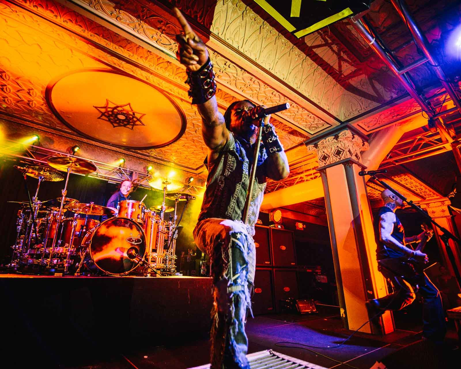 sevendust_live_deluxe_indianapolis_2013-01
