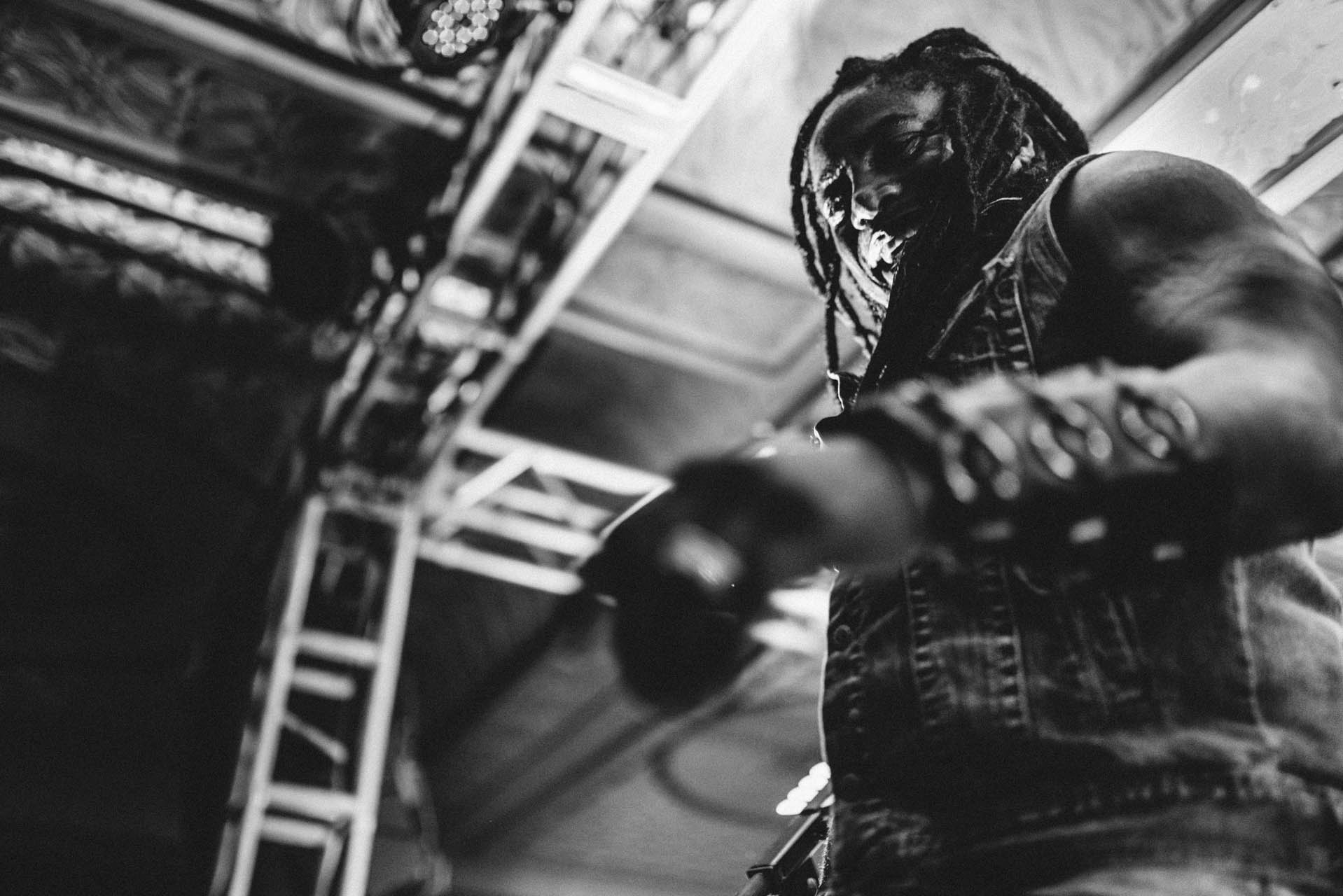 sevendust_live_deluxe_indianapolis_2013-17