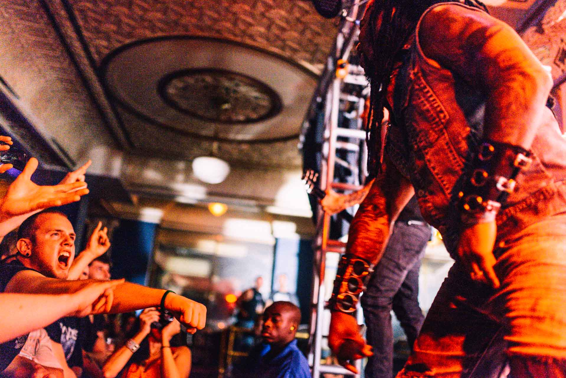 sevendust_live_deluxe_indianapolis_2013-23