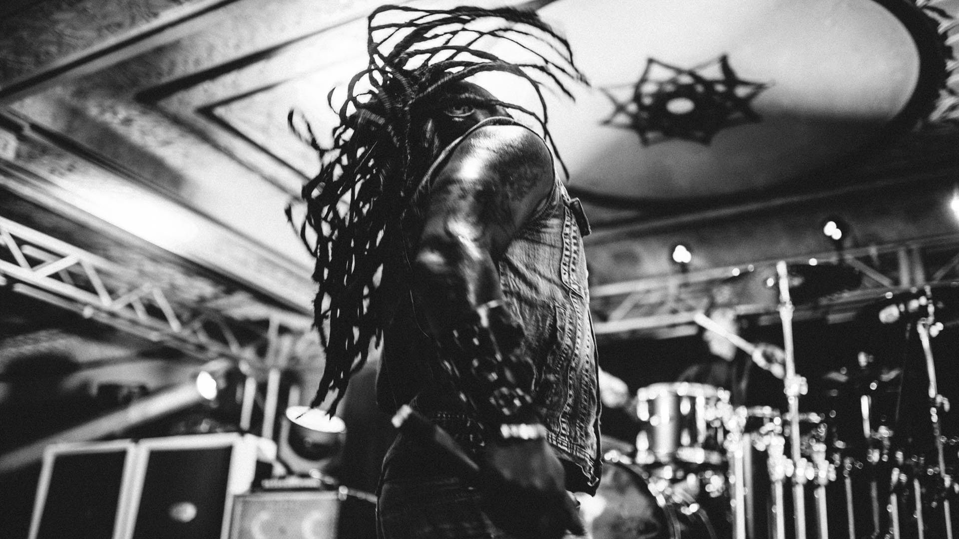 sevendust_live_deluxe_indianapolis_2013-28
