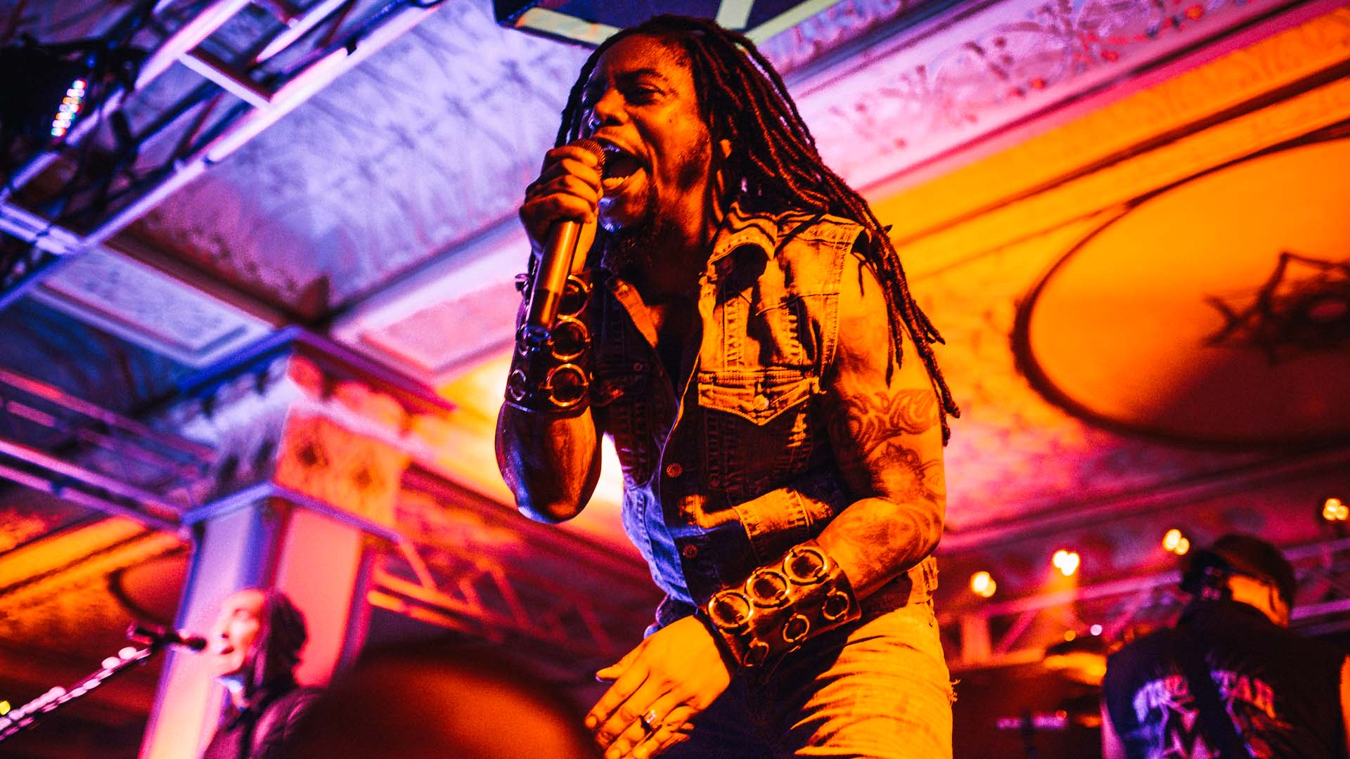 sevendust_live_deluxe_indianapolis_2013-31