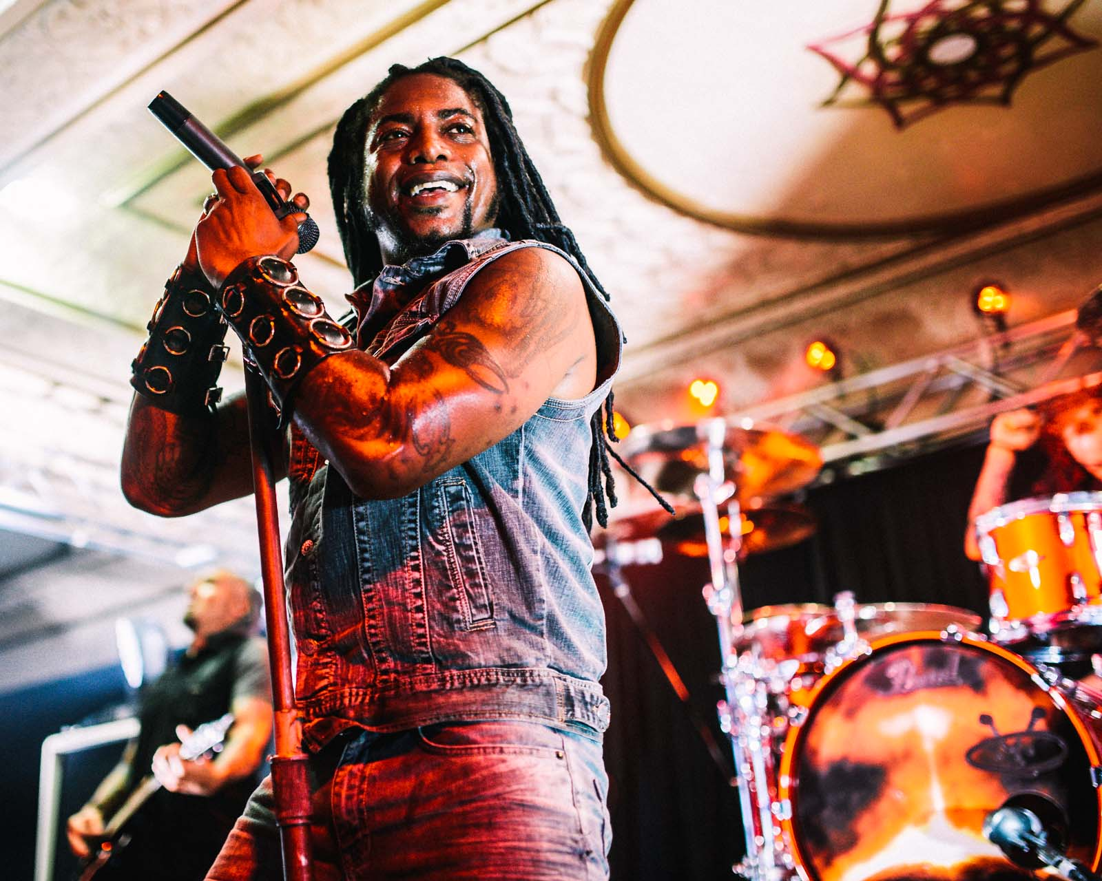 sevendust_live_deluxe_indianapolis_2013-33