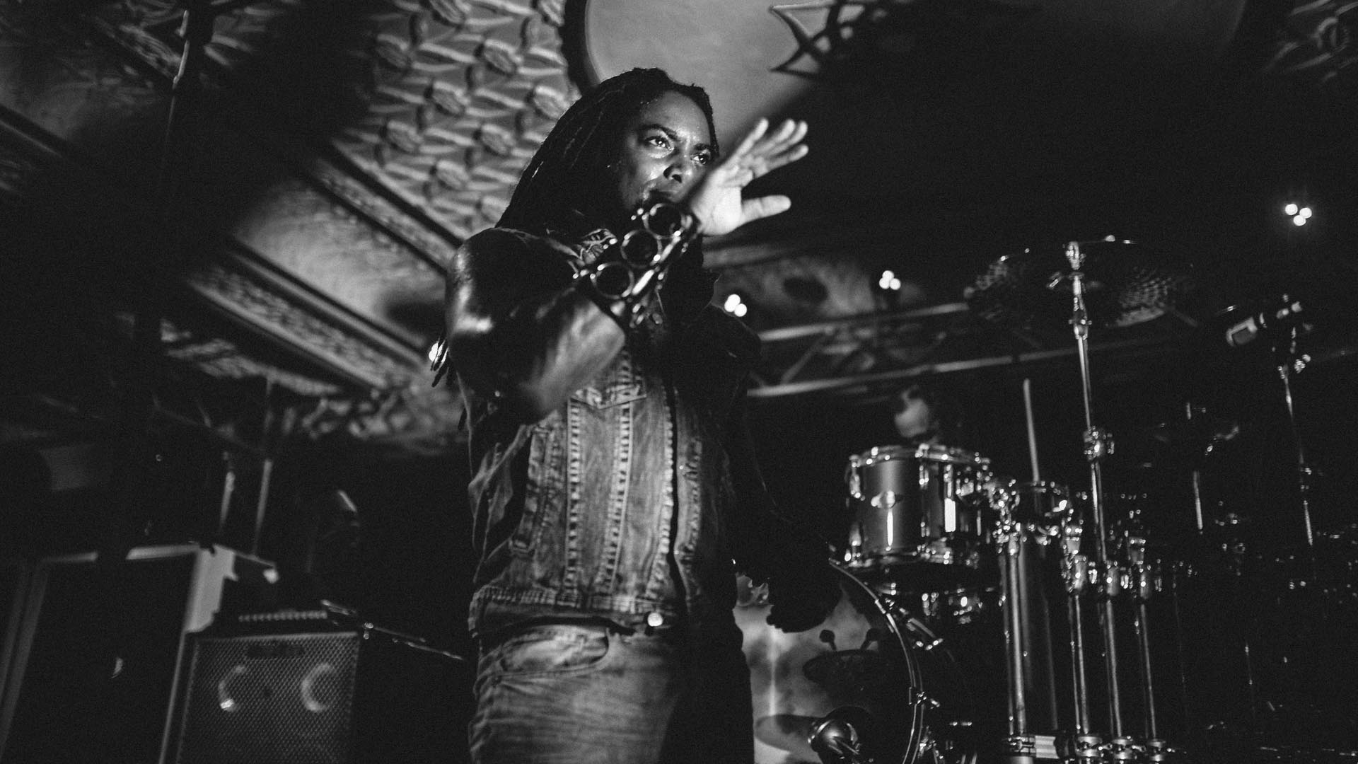 sevendust_live_deluxe_indianapolis_2013-34