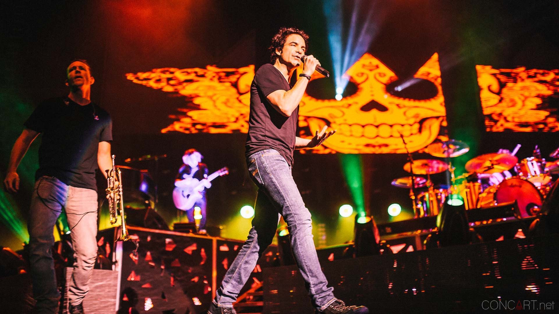train_live_klipsch_music_center_indianapolis_2013-28