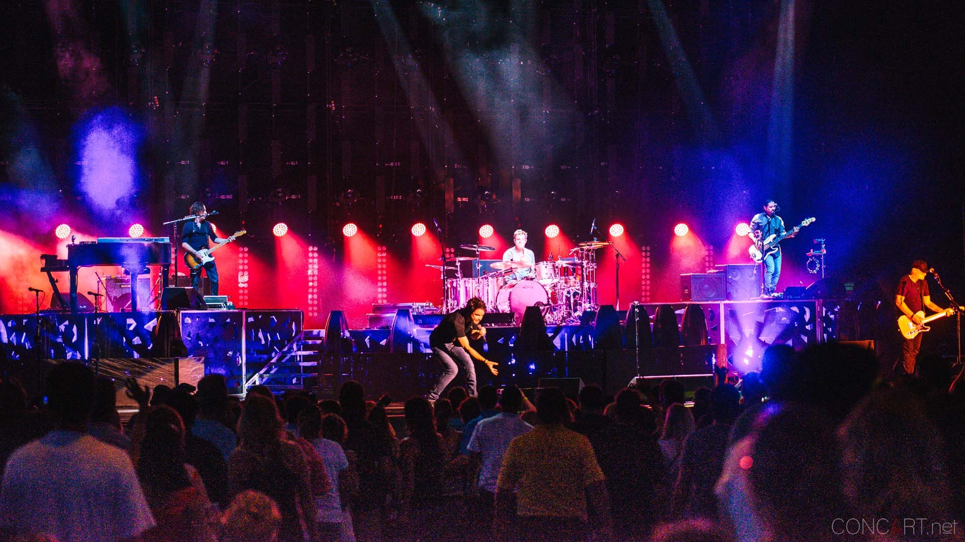 train_live_klipsch_music_center_indianapolis_2013-45