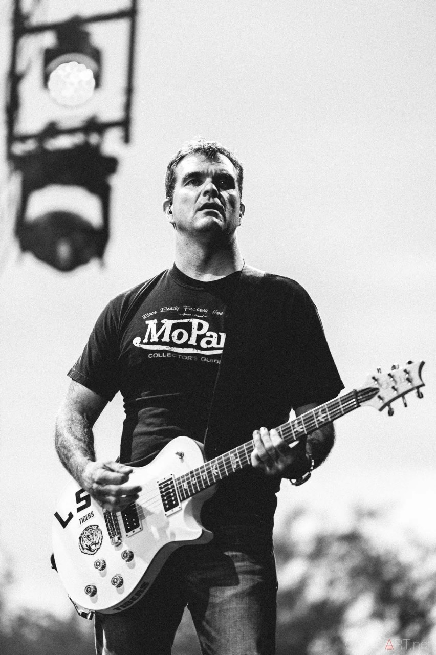3_doors_down_live_the_lawn_indianapolis_2013-13
