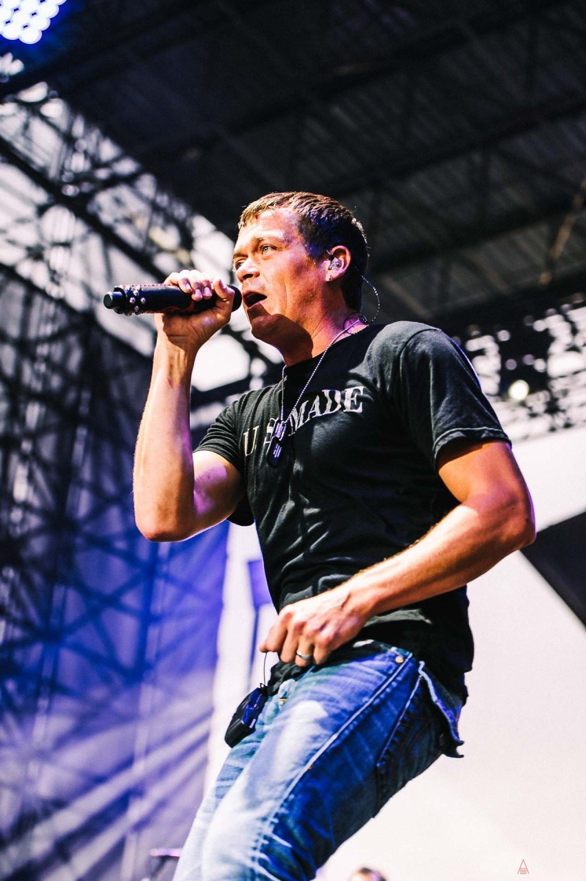 3_doors_down_live_the_lawn_indianapolis_2013-21
