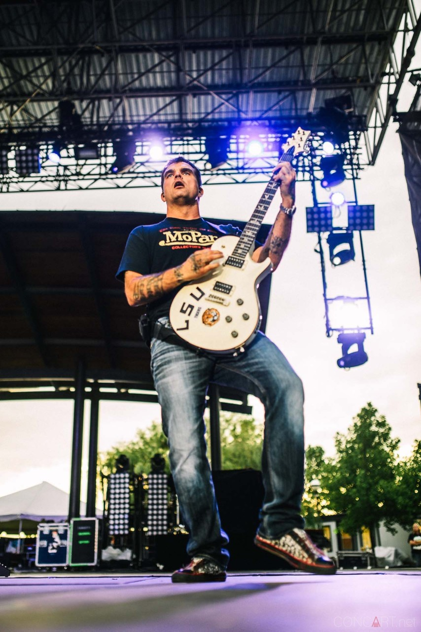 3_doors_down_live_the_lawn_indianapolis_2013-22