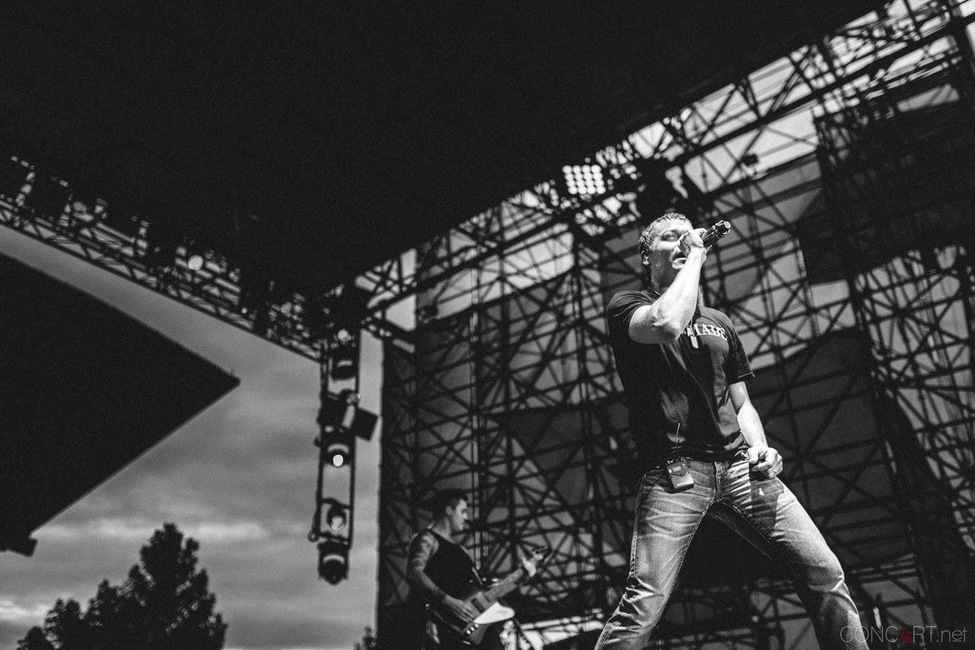 3_doors_down_live_the_lawn_indianapolis_2013-49
