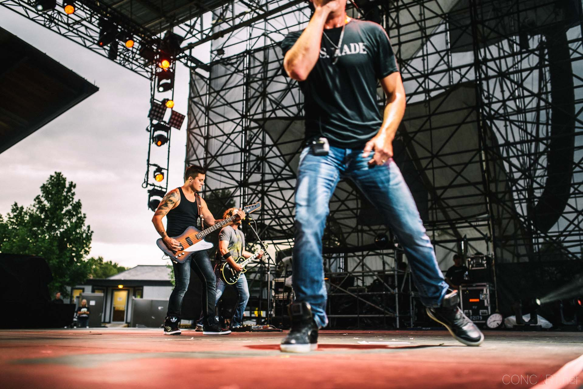 3_doors_down_live_the_lawn_indianapolis_2013-50