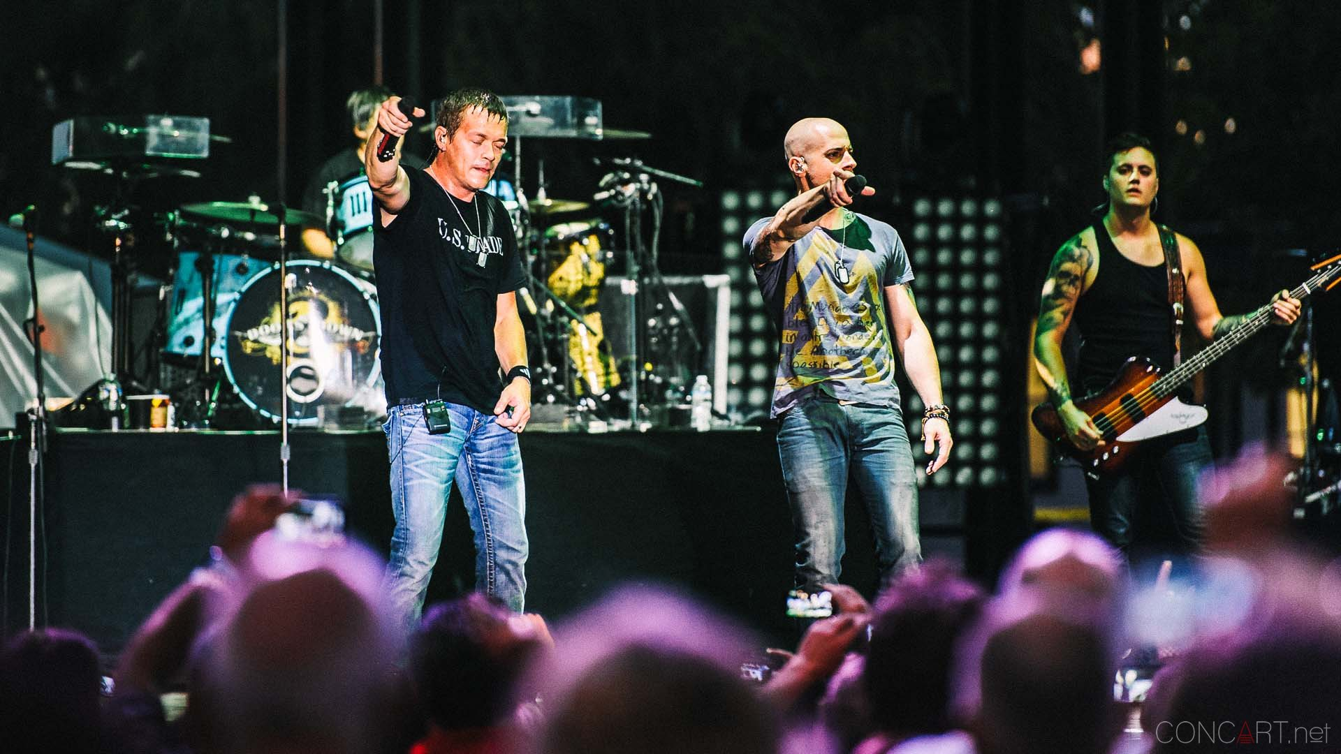 3_doors_down_live_the_lawn_indianapolis_2013-54