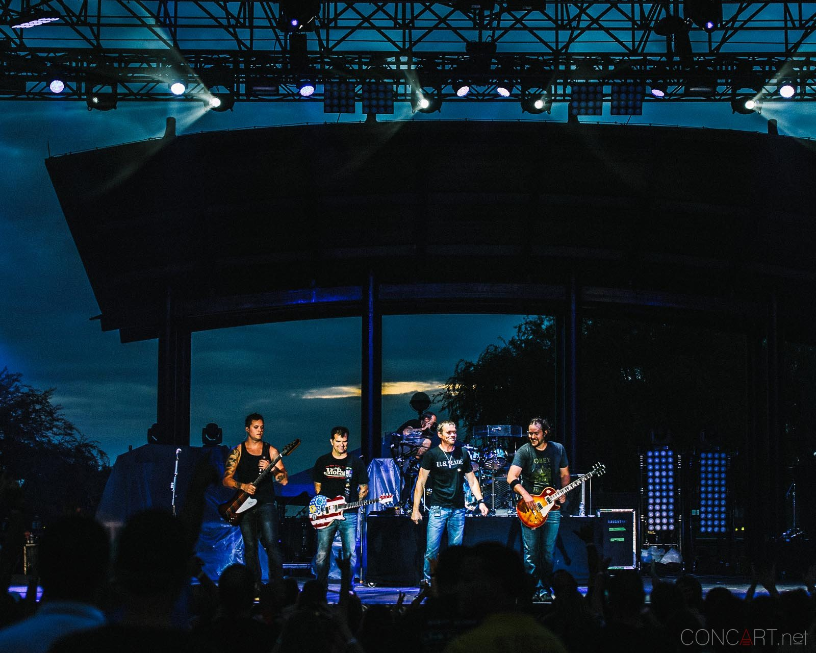 3_doors_down_live_the_lawn_indianapolis_2013-59