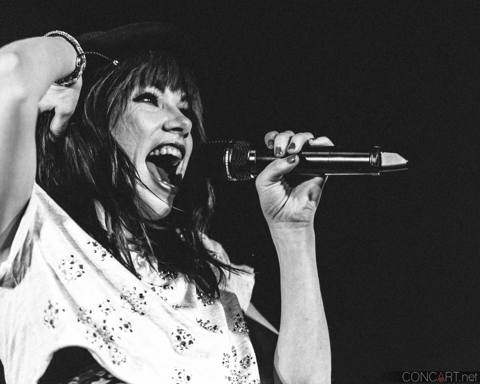 carly_rae_jepsen_live_lawn_white_river_indianapolis_2013-33