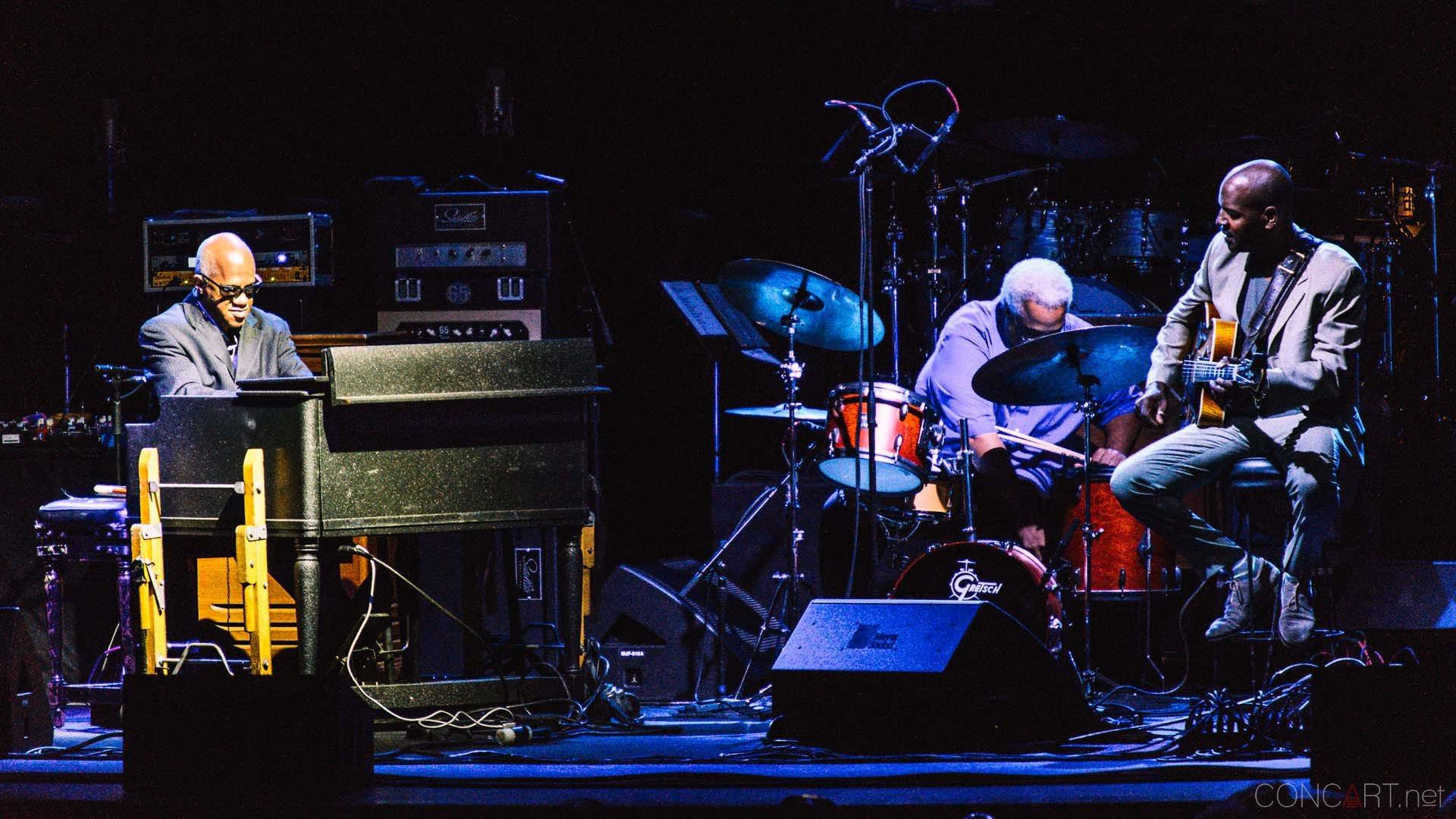 deep_blue_organ_trio_live_murat_indianapolis_2013-07