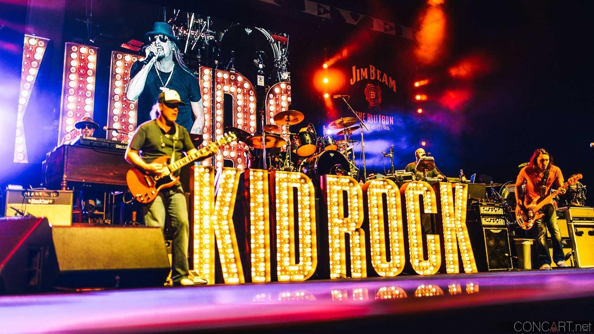 Kid Rock photo by Sean Molin 8
