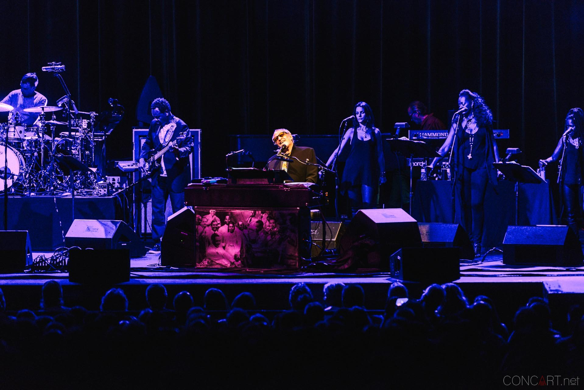 steely_dan_live_old_national_murat_theatre_indianapolis_2013-05
