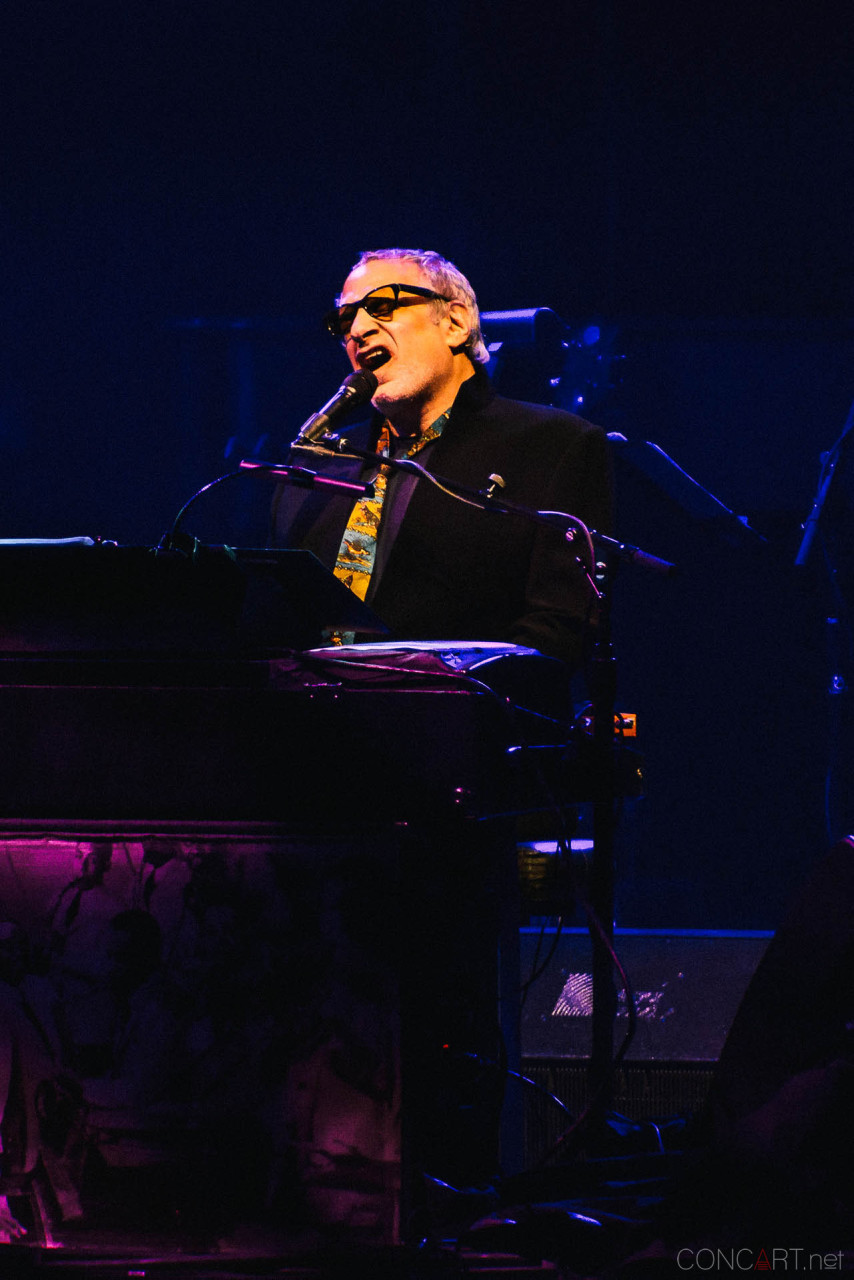 steely_dan_live_old_national_murat_theatre_indianapolis_2013-24