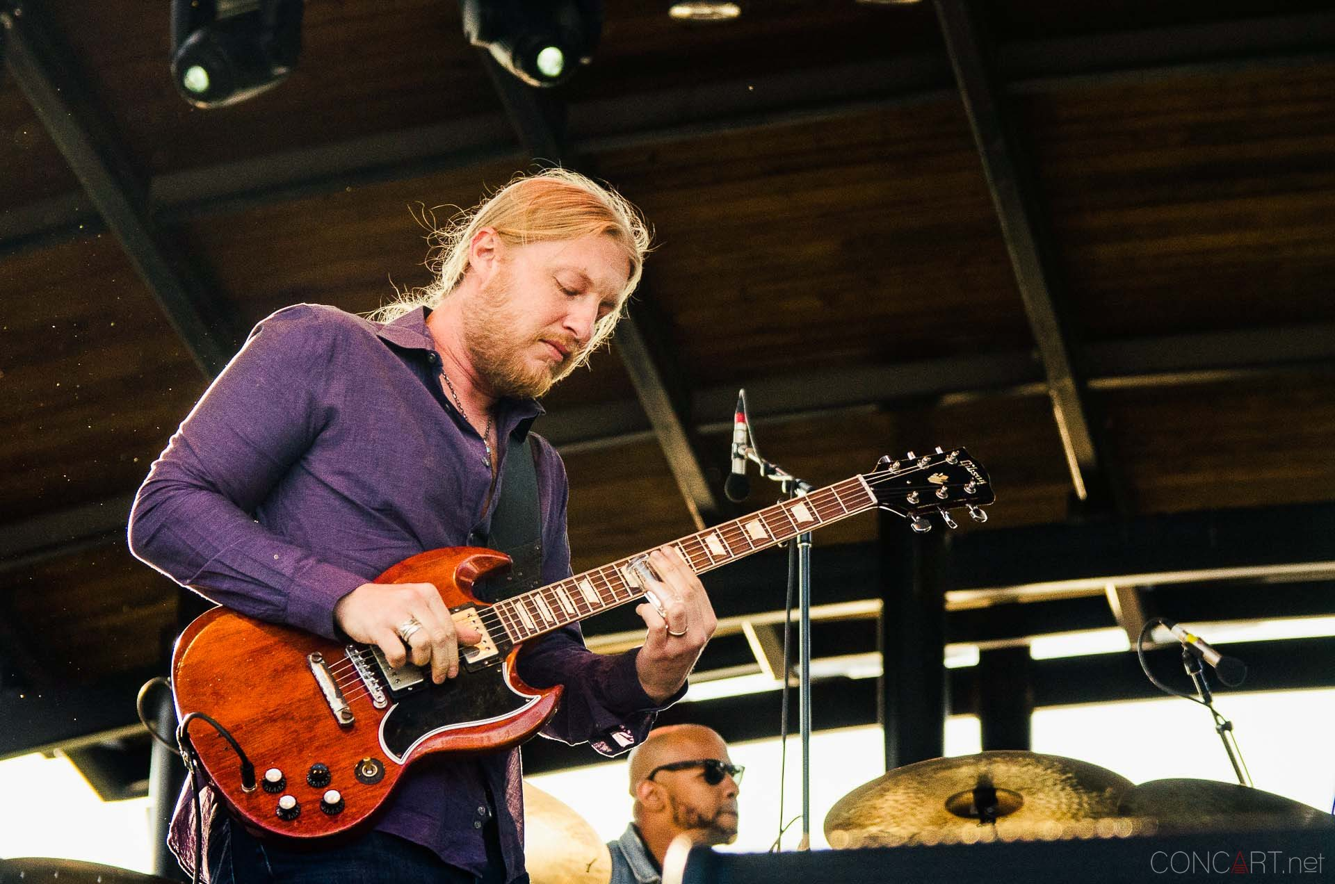 tedeschi_trucks_band_live_the_lawn_indianapolis_2013-22