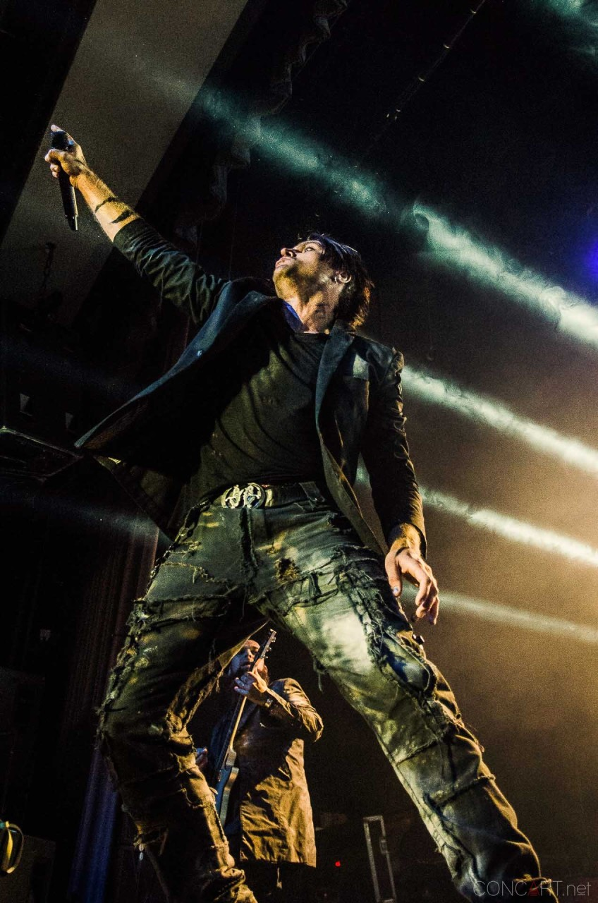 three_days_grace_live_egyptian_indianapolis_2013-14