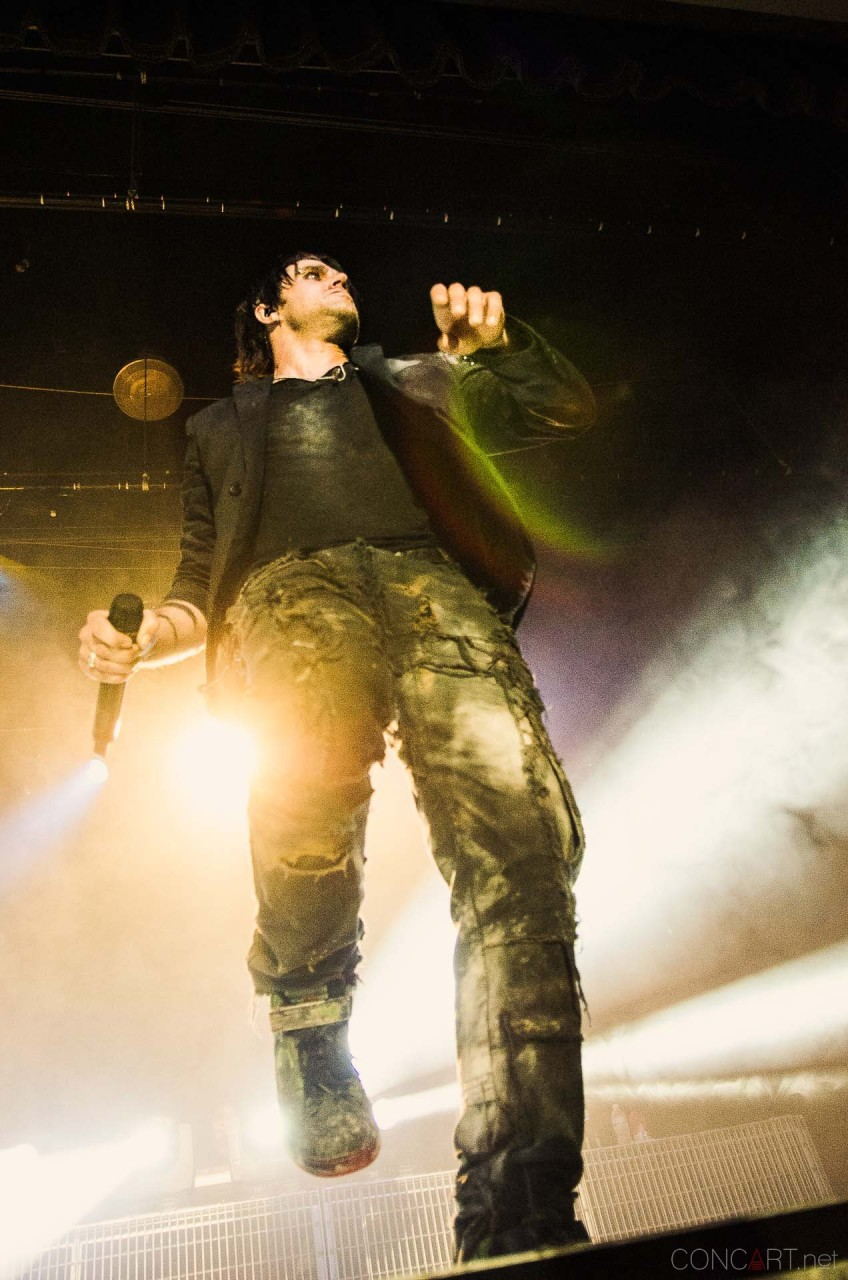 three_days_grace_live_egyptian_indianapolis_2013-25