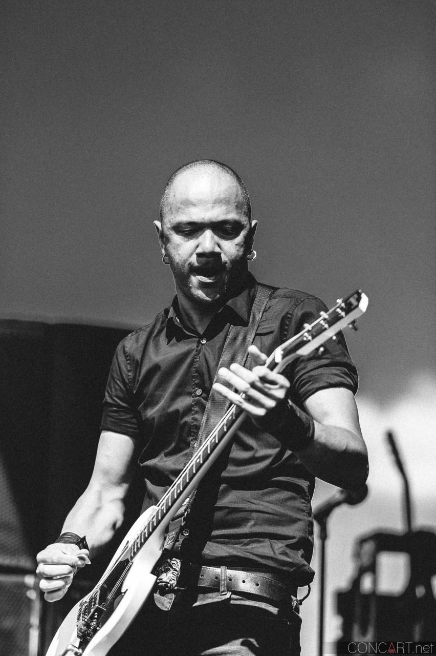 danko_jones_live_uproar_fest_klipsch_indianapolis_2013-27