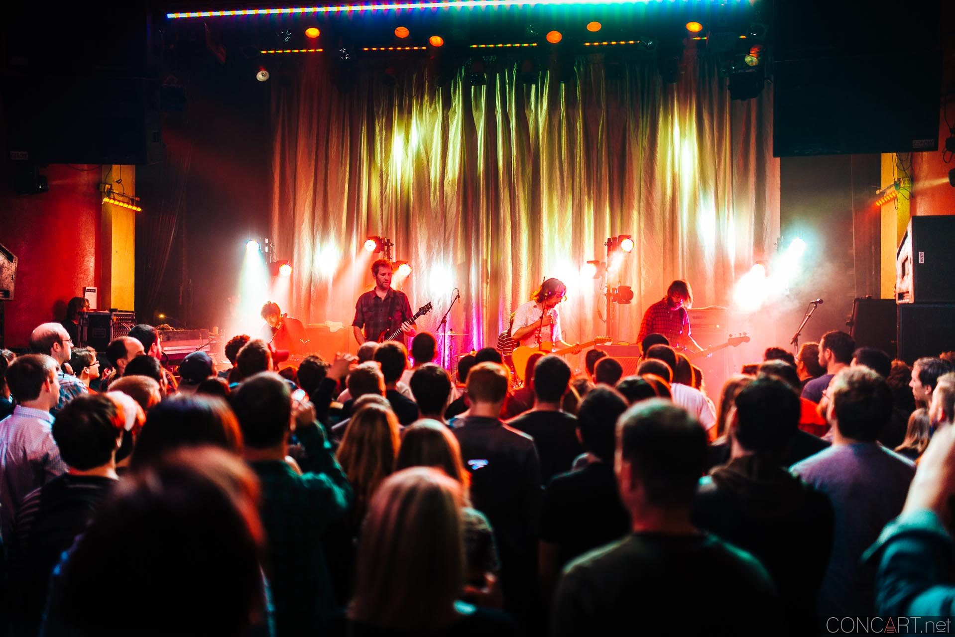 minus_the_bear_live_the_vogue_indianapolis_2013-53