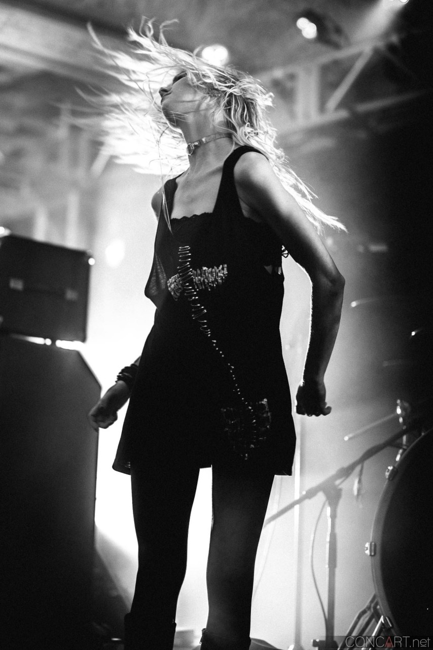 The Pretty Reckless photo by Sean Molin 21