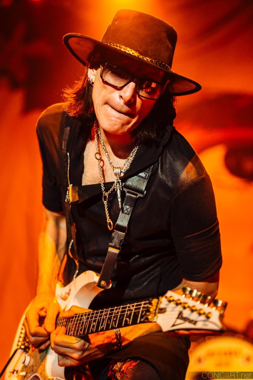 steve_vai_live_egyptian_room_old_national_indianapolis_2013-03