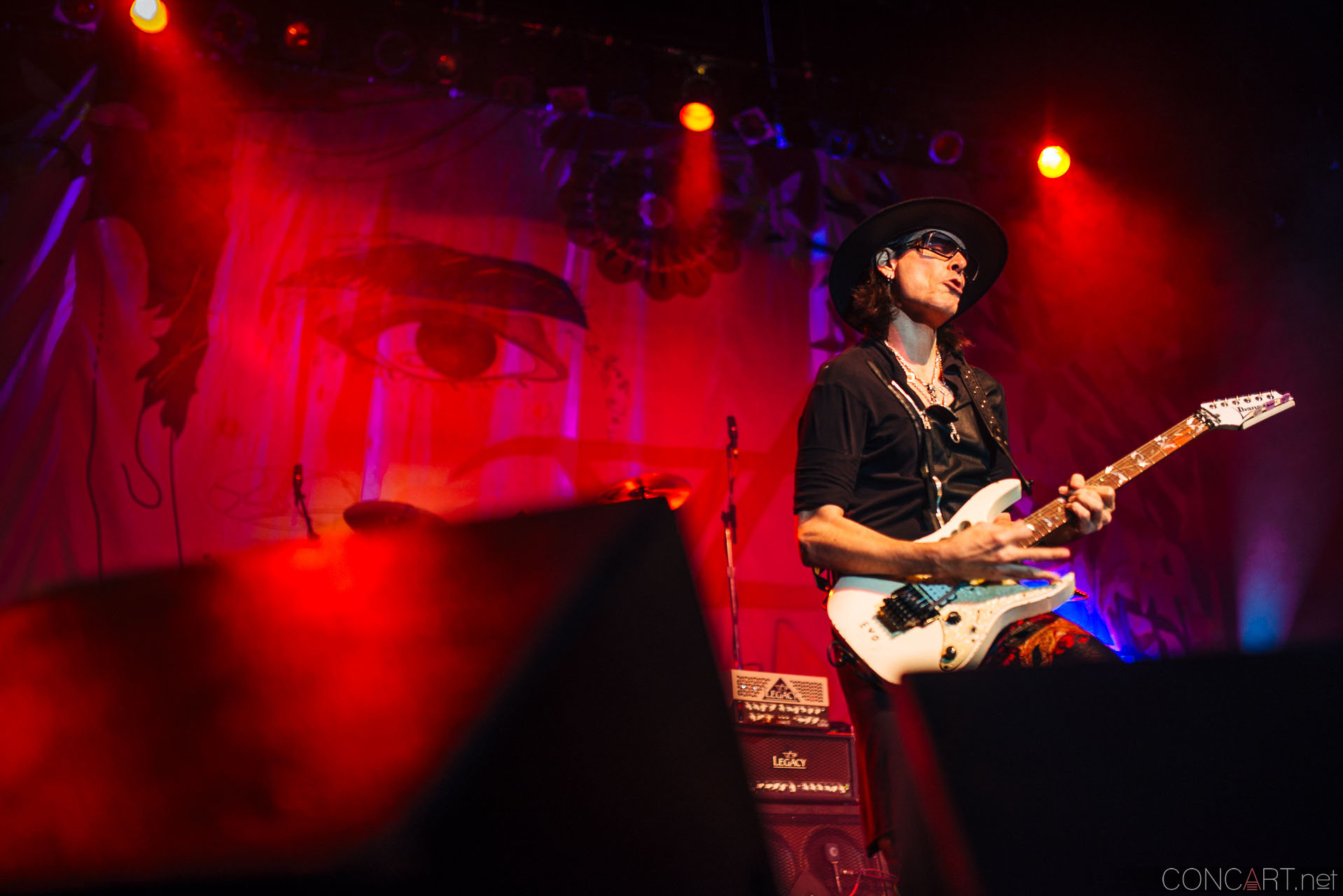 steve_vai_live_egyptian_room_old_national_indianapolis_2013-20
