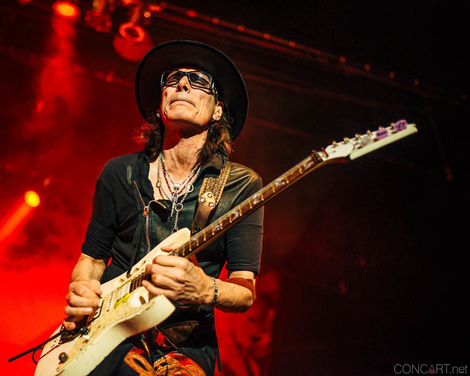steve_vai_live_egyptian_room_old_national_indianapolis_2013-25