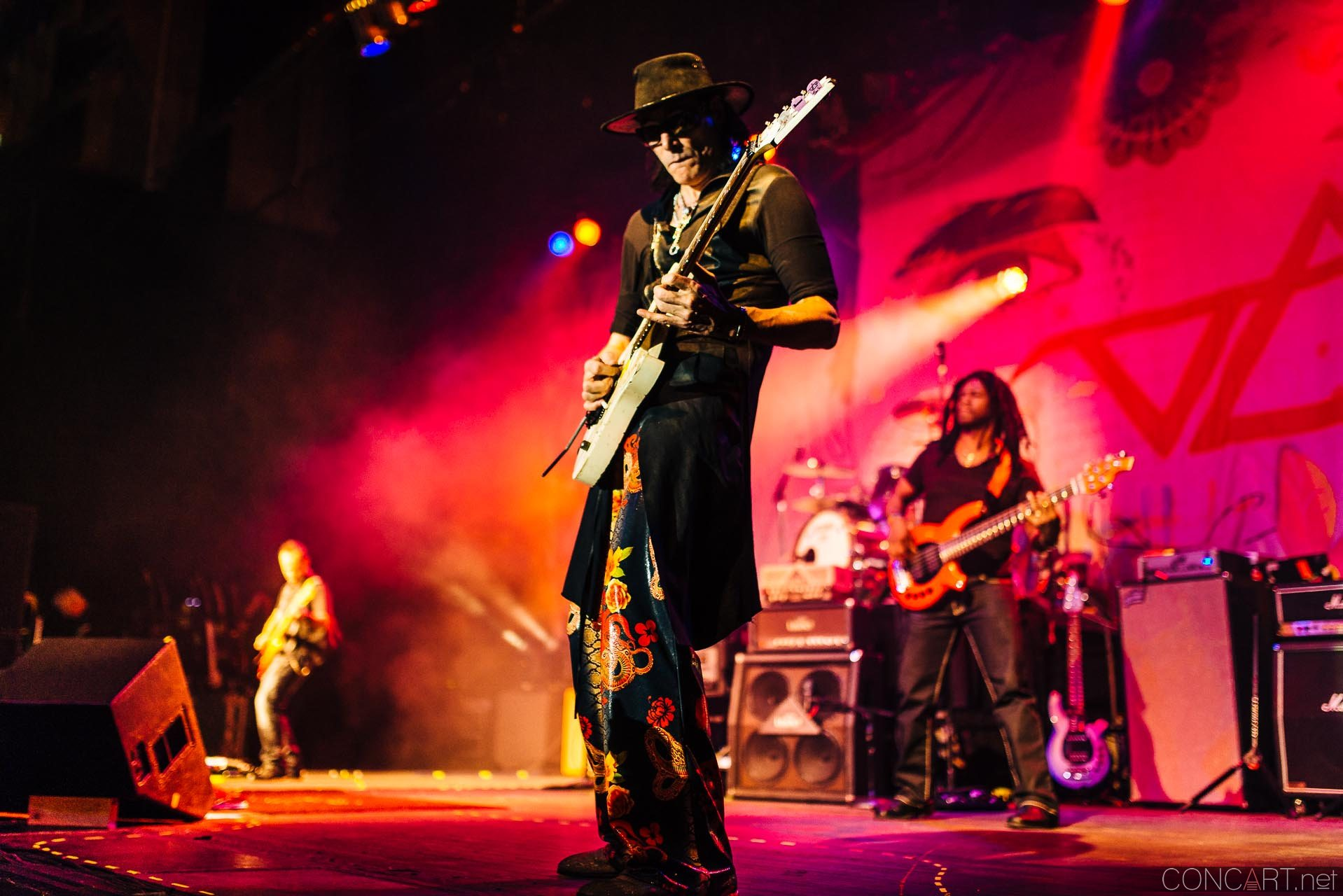 steve_vai_live_egyptian_room_old_national_indianapolis_2013-29