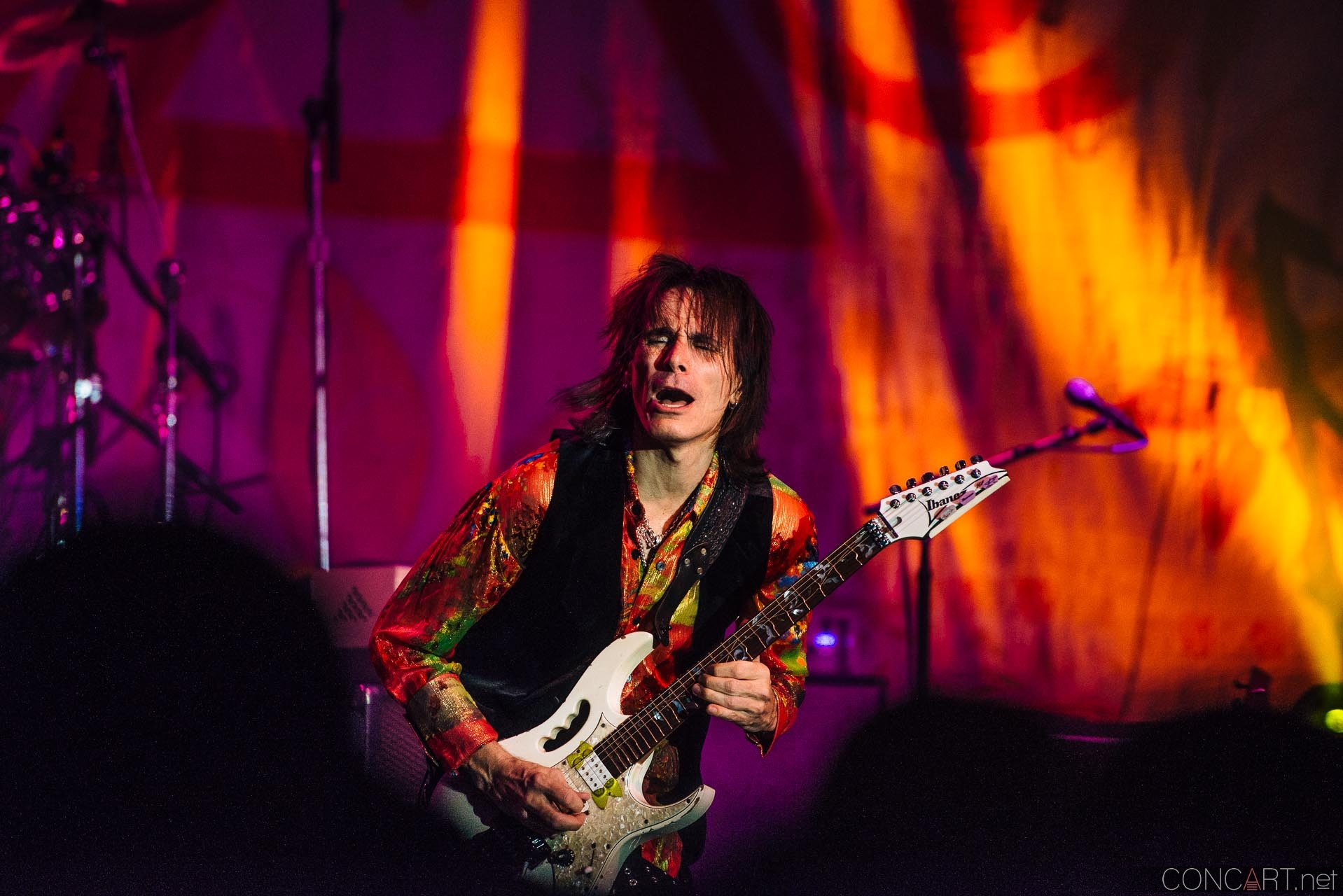 steve_vai_live_egyptian_room_old_national_indianapolis_2013-67
