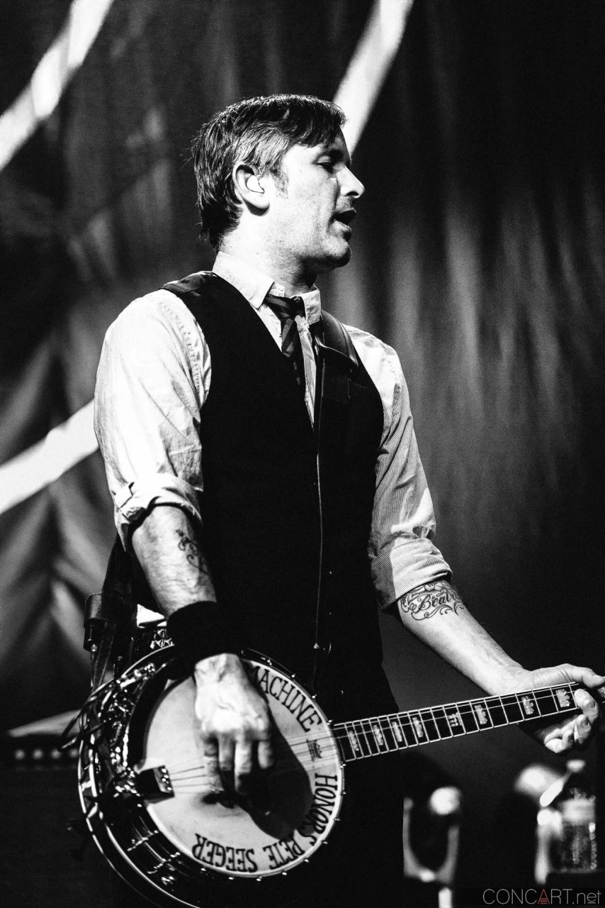 flogging_molly_live_egyptian_room_old_national_centre_indianapolis_2014-08