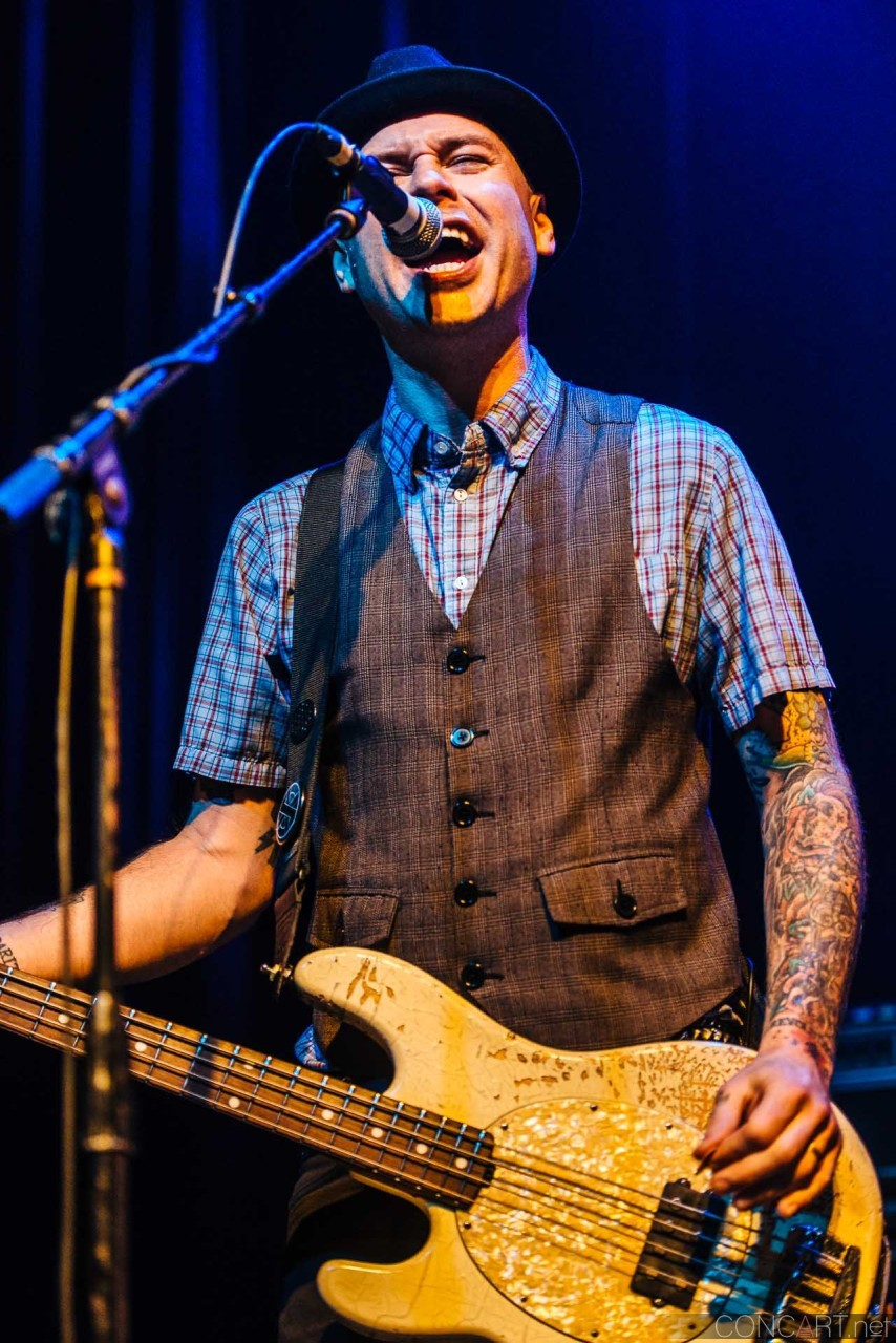 flogging_molly_live_egyptian_room_old_national_centre_indianapolis_2014-37