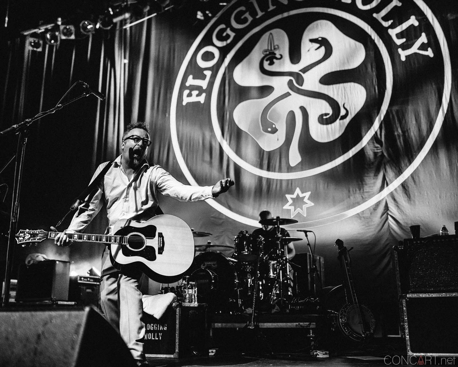 flogging_molly_live_egyptian_room_old_national_centre_indianapolis_2014-45