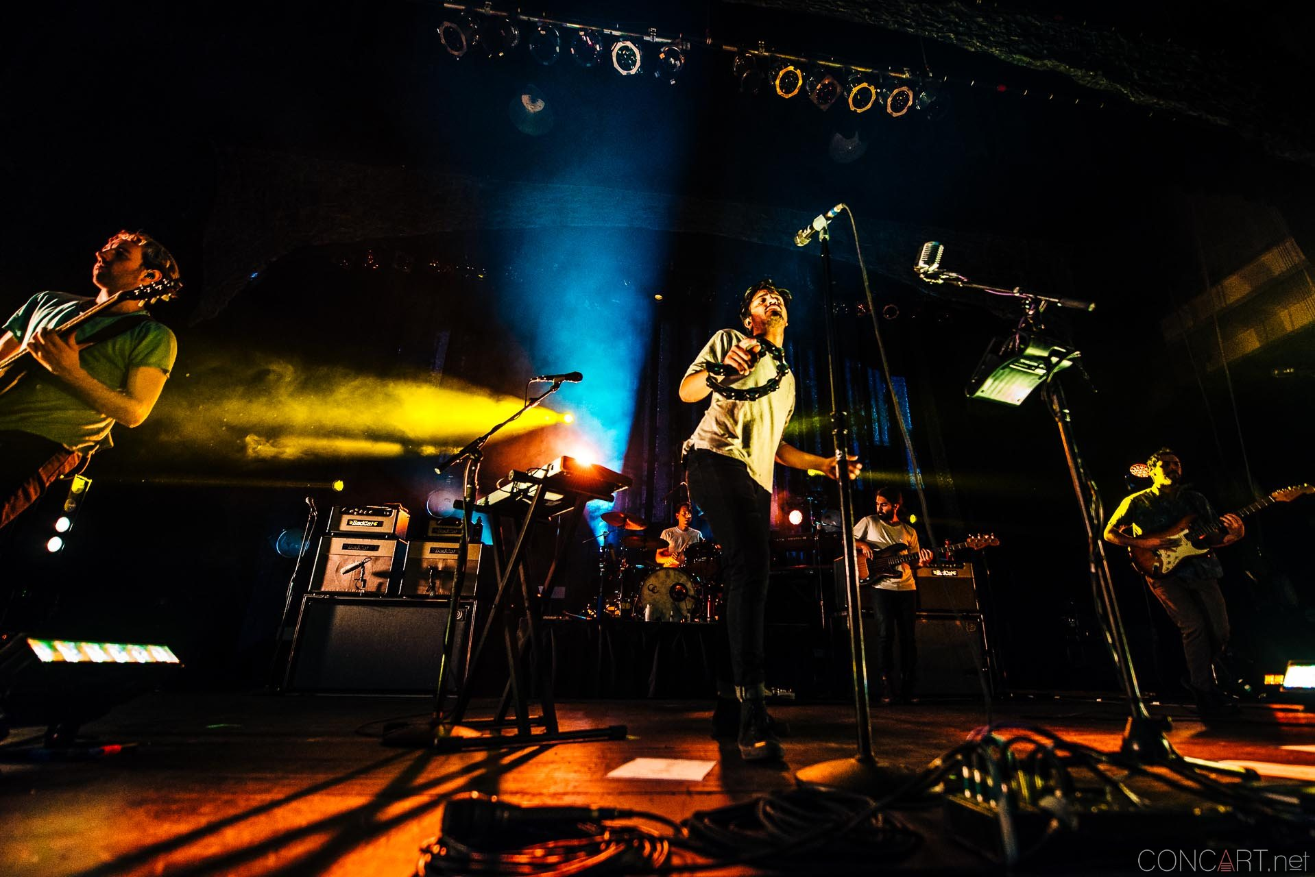 Young The Giant photo by Sean Molin 30