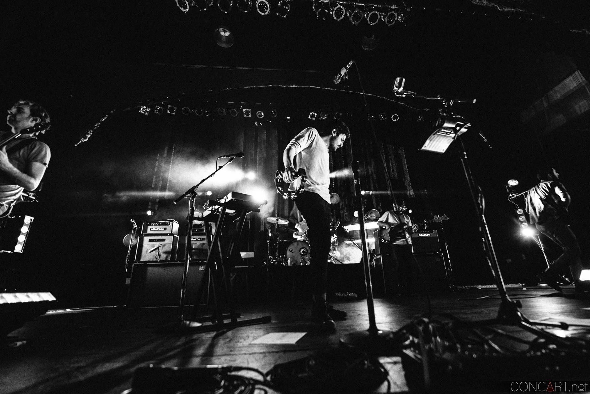 Young The Giant photo by Sean Molin 22