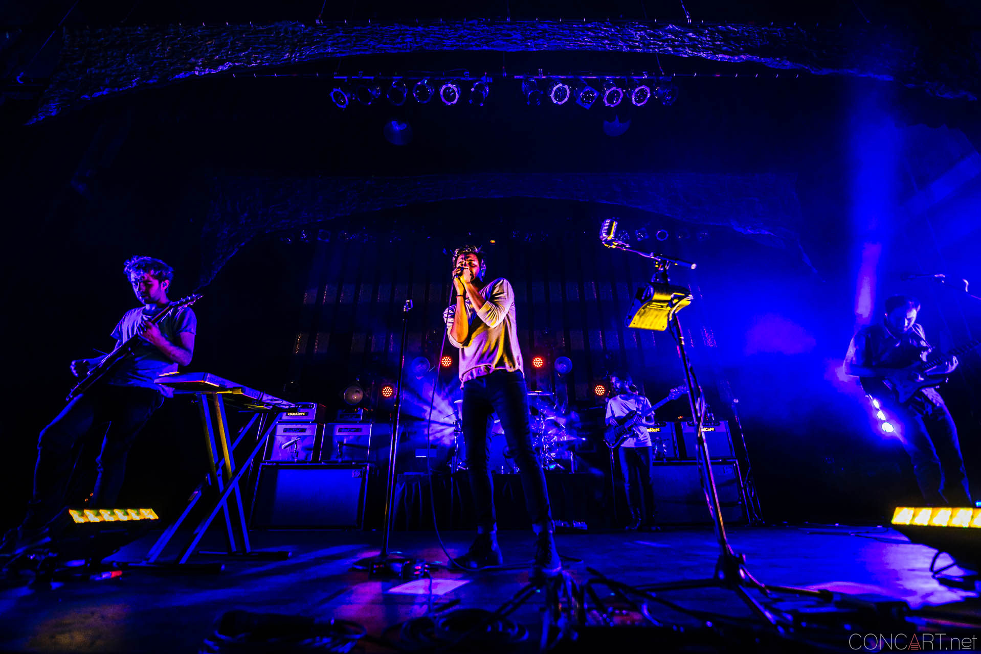 Young The Giant photo by Sean Molin 20