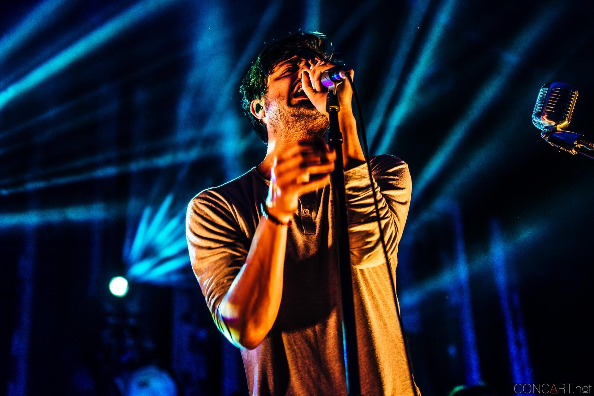 Young The Giant photo by Sean Molin 11